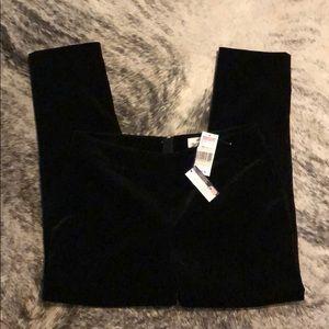 Vineyard Vines Black Velvet Crop Pants NWT 8